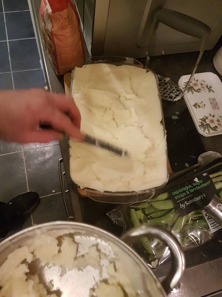 08 pallet knife